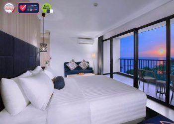 Tampilan kamar di Aston Anyer Beach Hotels. (IST)