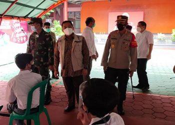 Vaksinasi covid-19 di Kota Tangerang. (KEY)