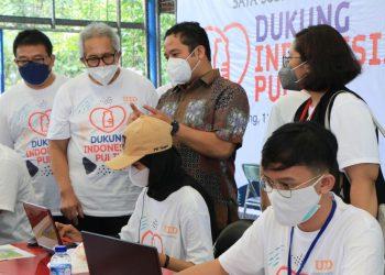 Walikota Tangerang Arief R. Wismansyah meninjau vaksinasi di PT. Gajah Tunggal Tbk. (IST)