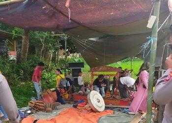 Polsek Pamarayan bubarkan hiburan Jaipongan. (IST)